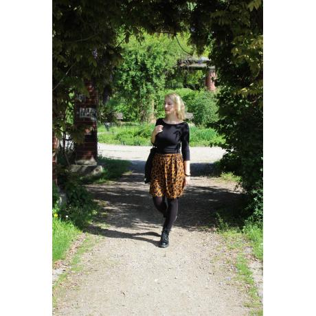 Skirt Leo, size S/M, single piece, handmade